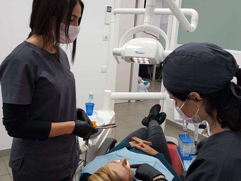 tratamiento ortodoncia estetica metal brackets